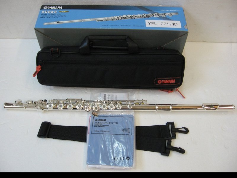 YAMAHA YFL-271 藍色彩盒包裝 C調長笛