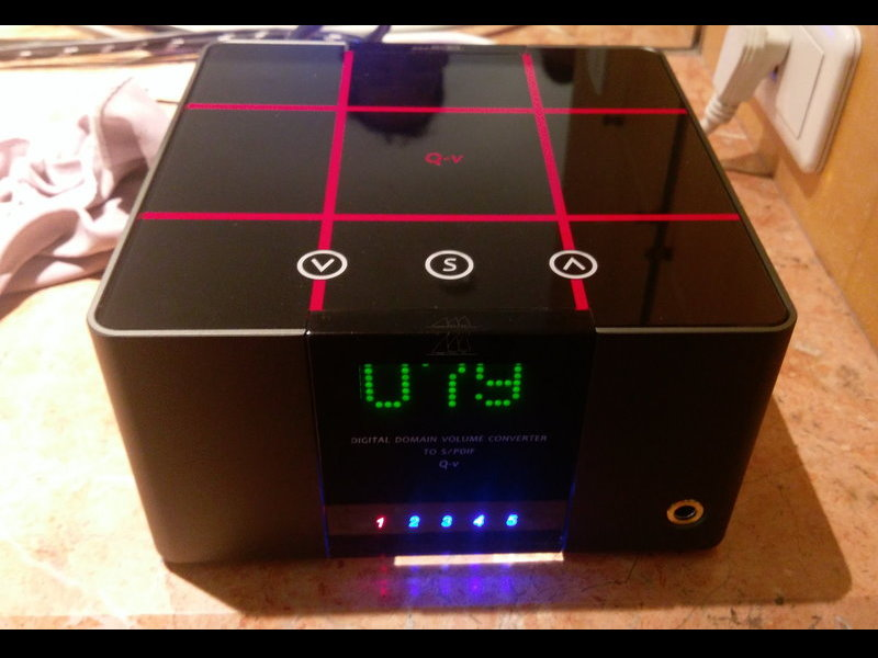 谷津 DA&T Q-V 數位前級擴大機+數位流DAC耳擴