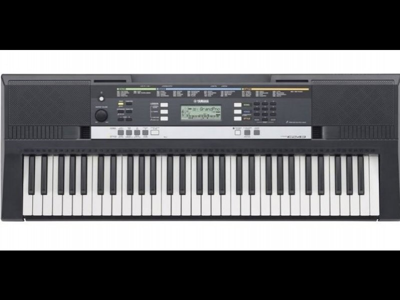 YAMAHA  PSR-E243 電子琴