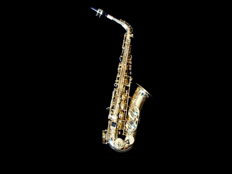 長笛、小號、黑管、薩克斯風