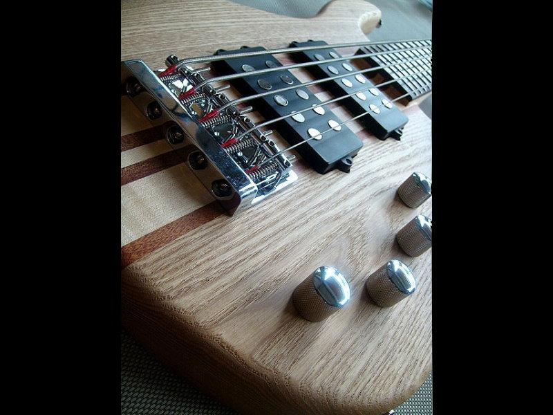 全手工 連體柄 主動式 5弦電貝斯 BASS