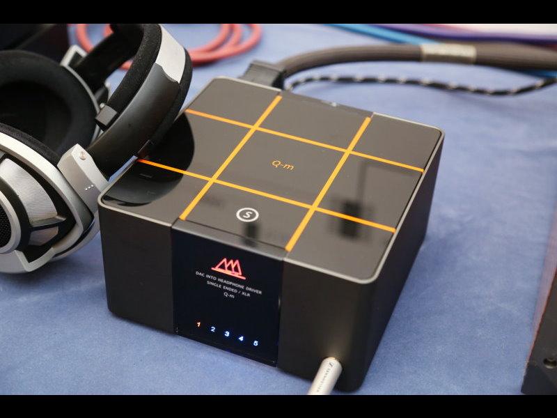 谷津 DA&T Q-M 數位前級擴大機+數位流DAC耳擴